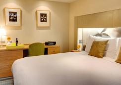 Shoreham Hotel - New York - Bedroom