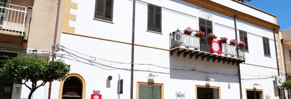 Casa Orlando Bed & Breakfast - Terrasini - Building