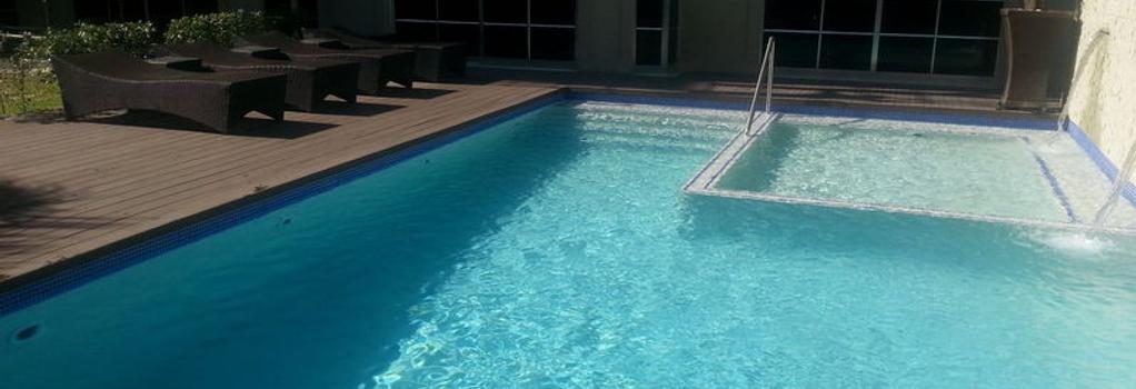 Afrin Prestige - Maputo - Pool