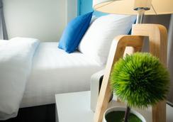 Oyes Hostel - Krabi - Bedroom