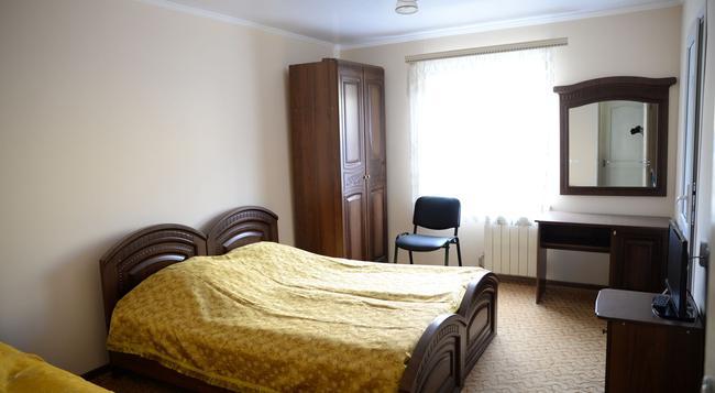 Guest House Eucalyptus - Sochi - Bedroom