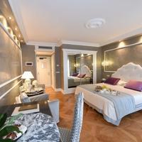 Hotel Savoia & Jolanda Guestroom