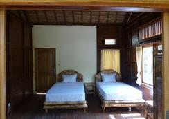 Magic Valley Guest House - Kuta (Lombok) - Bedroom