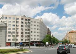 City House Florida Norte Hotel by Faranda - Madrid - Building