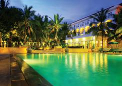 Lotus Blanc Resort - Siem Reap - Pool