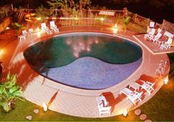 Hotel Sapphire - Lonavala - Pool