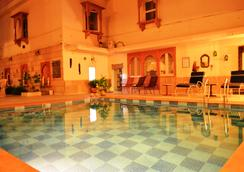 Suryaa Villa - A Classic Heritage Hotel - Jaipur - Pool