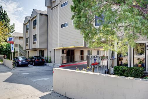 Good Nite Inn Sylmar - Los Angeles - Building