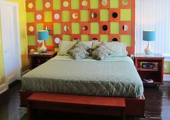 The Colony Hotel - Miami Beach - Bedroom