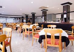 Hotel El Puerto - Ibiza - Restaurant