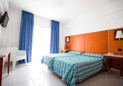 Port Fiesta Park - Benidorm - Bedroom