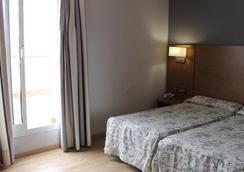 Ramblas Barcelona - Barcelona - Bedroom