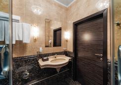 Design Hotel Sukharevsky - Moscow - Bathroom