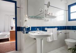 Hotel Marigna Ibiza - Adults Only - Ibiza - Bathroom