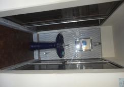 Bunkotel (Bunk@4&6) - Mussoorie - Bathroom