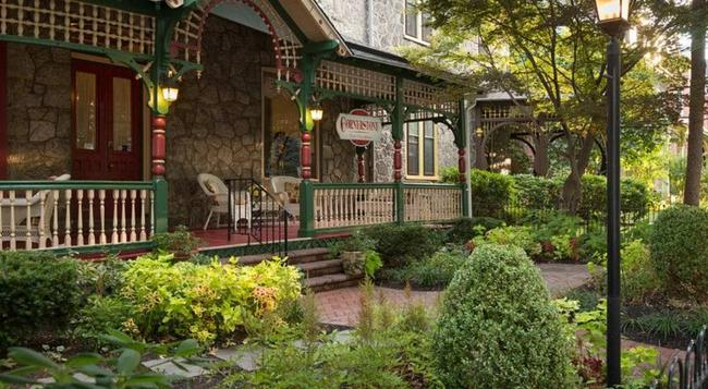 Cornerstone Bed & Breakfast - Philadelphia - Building