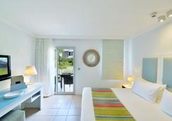 Ambre Resort & Spa - Belle Mare - Bedroom