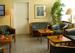 Hotel Larat - Berlin - Lobby