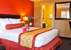 Stone Villa Inn - San Mateo - Bedroom