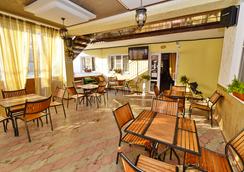 Afina Guest House - Vityazevo - Restaurant