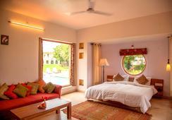 Chitvan Hotel - Ajmer - Bedroom