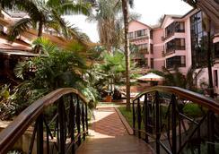 Wasini Luxury Suites - Nairobi - Outdoor view