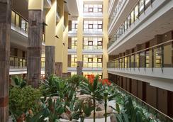 Holiday World Premium Resort - Benalmádena - Lobby