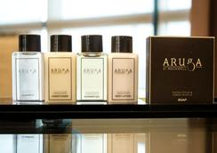 Aruga by Rockwell Hotel - Makati - Bathroom