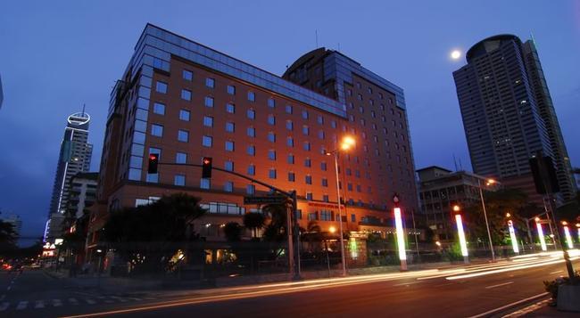 Bayview Park Hotel Manila - Manila - Building