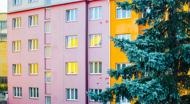 Hotel Inturprag - Prague - Building