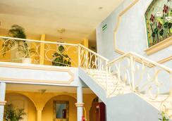 Hotel Posada del Sol Inn - Torreon - Lobby