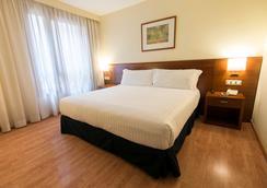 Hotel Plaza Las Matas - Las Rozas de Madrid - Bedroom