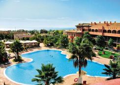 Pierre & Vacances Estepona - Estepona - Pool