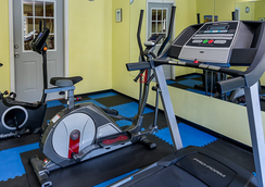 Econo Lodge Inn & Suites - Natchitoches - Gym