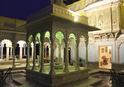 Ghanerao Royal Castle - Ranakpur - Attractions