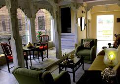 Ghanerao Royal Castle - Ranakpur - Lounge