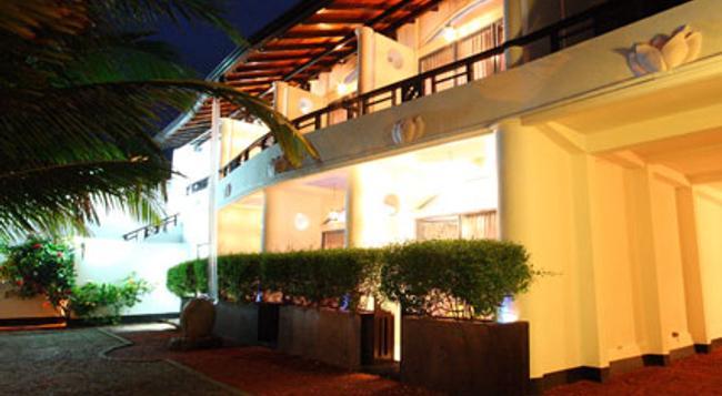 Dalawella Beach Resort - Unawatuna - Building
