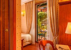Hotel Piranesi - Rome - Bedroom