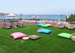 Ada Beach Hotel - Kyrenia - Outdoor view