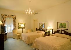 The Otesaga Hotel - Cooperstown - Bedroom