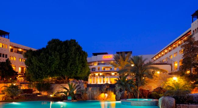 Jordan Valley Marriott Resort and Spa - Sweimeh - Building