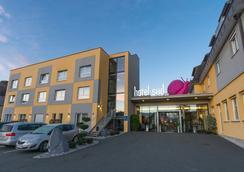 Hotel Süd - Graz - Outdoor view