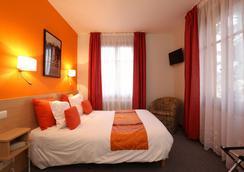 Hôtel la Terrasse Fleurie - Divonne-les-Bains - Bedroom