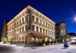 Hotel Evropa Celje - Celje - Outdoor view