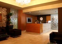 Hotel Evropa Celje - Celje - Lobby
