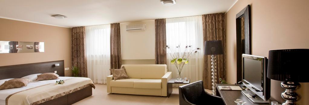 Hotel Evropa - Celje - Bedroom