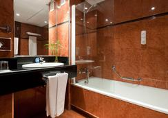 Senator Barajas - Madrid - Bathroom