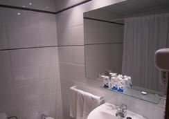 Hotel Medes II - L'Estartit - Bathroom