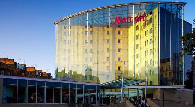 London Marriott Hotel Kensington - London - Building