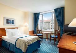 Ramada Prague City Centre - Prague - Bedroom